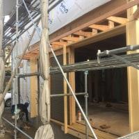 木製窓と庇の工事
