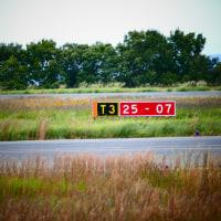 ヒコーキ撮影 ・・・ 滑らかな通常速度・・>スロー・・>通常速度 ・・・