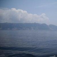 新島の島影398