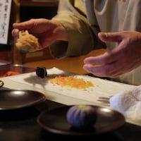 京菓子司 鶴屋吉信本店 目の前で出来上がる和菓子をいただきました