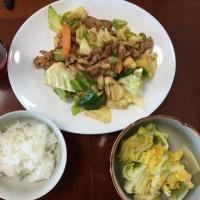 昼飯。回鍋肉。いただきます。