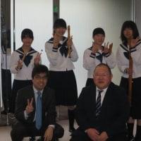 全日本リコーダーコンテスト出場の母校中学を応援。