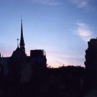 ノートルダム寺院