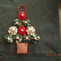 ヨーヨーキルトのクリスマスツリー