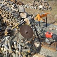 薪作り始動