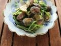 あさりと小松菜のいしる糀炒め