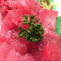 鮪の刺身 大人気 鮮度抜群絶品赤身 馴染みの魚屋さんで購入です!