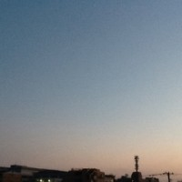 薄眠りの朝空