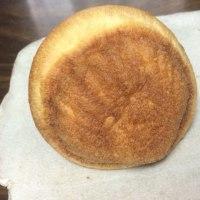 【玉造】穏やかな雰囲気のパン屋さんにて「ドライみかんとクリームチーズ」(ブーランジェリー サリュー)