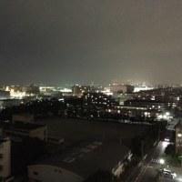 5時半を過ぎると外は真っ暗になっています。寒くもなって来ています。