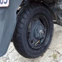 スズキアドレスV125の出張タイヤ交換に行って来ました。