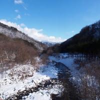 雪の白 空の青