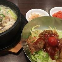 参鶏湯(ハーフサイズ)とミニプルコギ丼