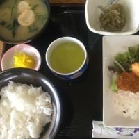 5月15日の日替り定食(550)は、白身魚のフライ、自家製タルタルソース です。