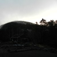 蓼科山荘より 11月1日、初冠雪
