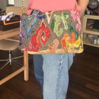 ビーズと革のバッグ製作、、教室便り