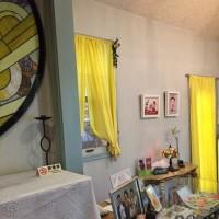 幸運の黄色カーテンにチェンジしました!