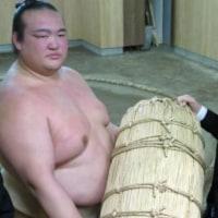 稀勢の里、福島の相撲少年にエール「魅力伝えたい」とのニュースっす。