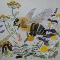 コラージュ刺しゅう オオハナウド 蜂