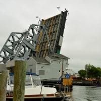 跳開橋のある港町〜コネチカット州ミスティック
