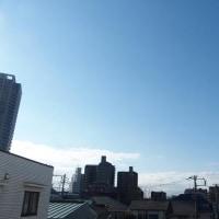 今朝(2月25日)の東京のお天気:晴れ、(2月の作品:祈りの像)