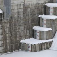 浅川ダム試験湛水102日、中間水位継続中