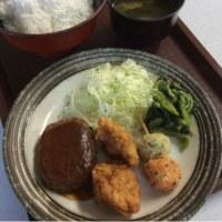 ハンバーグデミグラスソース・唐揚げ2個・串団子