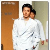 初々しいけど素敵💛 2003年 クォン・サンウ - ナオミ・キャンベル「第2回コリアファッションワールド・イン・ソウル」で'フィナーレワーキング'