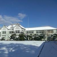 雪の旧遷喬尋常小学校