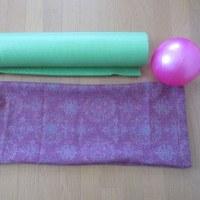 「体操教室」のマットとボールをひとつの袋に収納です。