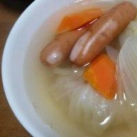 ロールキャベツ入りスープ!