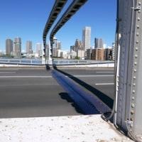 築地市場と勝鬨橋