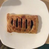 ラムの赤ワイン煮込みのパイ包み