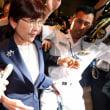 民進党の蓮舫に続いて、自民党の稲田防衛相も辞任。