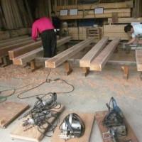 基礎工事と刻み作業