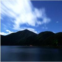 本栖湖の星空