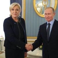 フランス極右のルペンと、ロシアのプーチン大統領と会見。