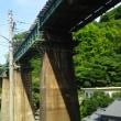 串駅近くの夏の鉄橋