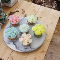 フラワーケーキ ベーシック3回目 6種のカップケーキ