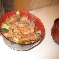 2009年11月22日(日) 夕食(煮豚丼)