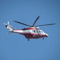 横浜消防のヘリです