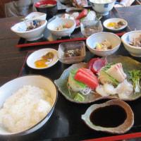 お昼は外食 夜は、久しぶりの酢豚