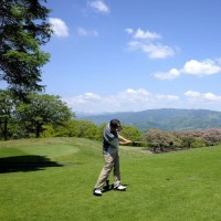 妻と,上毛ゴルフ場でプレー後、草津-志賀高原ドライブを楽しんだ