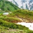 雨の後の八方尾根から唐松岳