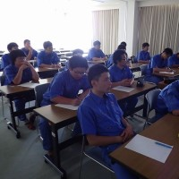 水技研職員の授業6 サクラエビ