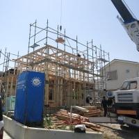 新築モデルハウス 只今上棟中です