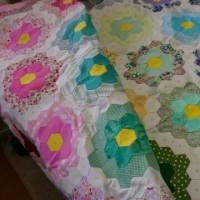 おばあちゃんの花園のパターン作品。生徒さんの作品展用