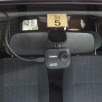 車にドライブレコーダー付けるよ。