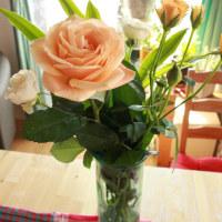 バラを飾って心華やかに