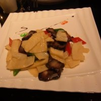 南城故事にて雪花純生で乾杯して洒落た中華料理を食った